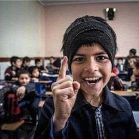 دانشآموزان افغانستانی غیرمجاز به مدرسه می روند