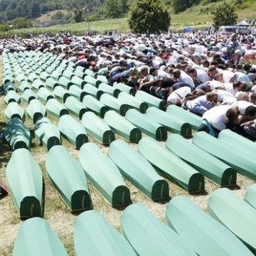مخالفت صرب ها با تدریس نابودسازی جمعی مسلمانان در سربرنیتسا