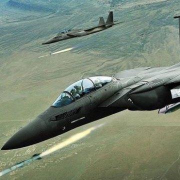 کشته شدن ۴۵ غیرنظامی در حملات ائتلاف آمریکا به رقه سوریه
