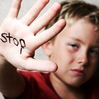 هشدار نسبت به وقوع روزانه حداقل یک یا 2 مورد «کودکآزاری» درحاشیه شهرها