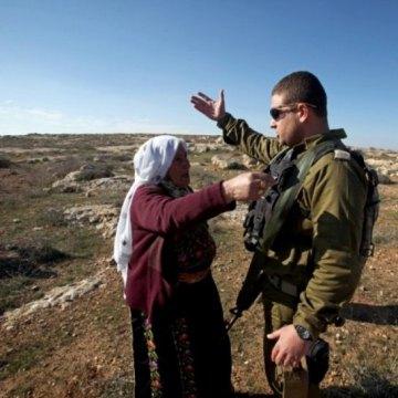 اسرائیلیها 15 خانواده فلسطینی را از منازلشان بیرون کردند