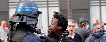 """انتقاد مقام فرانسوی از اعمال """"تبعیض ساختاری"""" توسط پلیس این کشور"""