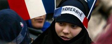 ضرب الاجل مکرون به رهبران مسلمانان فرانسه برای پذیرش 'ارزشهای جمهوری'