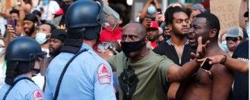 واکنش جامعه جهانی به واکنشهای خشونتبار پلیس آمریکا در قبال سیاهپوستان
