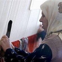 ������ - راهکار کمیته امداد برای جلوگیری از موروثی شدن فقر در میان زنان سرپرست خانوار