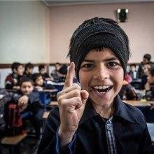 اقلیت - دانشآموزان افغانستانی غیرمجاز به مدرسه می روند
