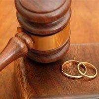 ������������ - دادگاههای خانواده طلاق را منطبق با حقوق زنان جاری کنند