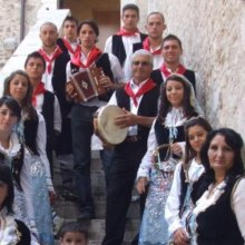 عفو-بین-الملل - انتقاد از بیرون راندن بومیان (روماها) از محل اسکان خود در ناپل ایتالیا