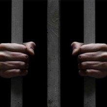 نگرانی دیده بان حقوق بشر از تبعیض علیه مجرمان فقیر در طرح جدید ایالت کالیفرنیا - بازداشت. mehrnews