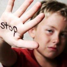 خانوادهها کودک آزاری جنسی را پنهان نکنند - کودک آزاری. مجله پزشکی