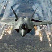 کشته شدن ۶۰ غیرنظامی سوری در حملات جنگندههای ائتلاف آمریکا