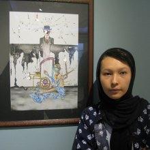 نمایشگاه-نقاشی - گزارش سازمان دفاع از قربانیان خشونت از نمایشگاه نقاشی های سورئال خواهران افغانستانی