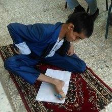 معلول - کمک هزینه تحصیل برای دانشجویان معلول پرداخت می شود