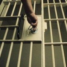 کمک به آزادی زندانیان جرایم غیر عمد - زندان
