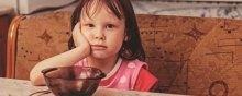 کودکان - گرسنه ماندن کودکان انگلیس در زمان تعطیلی مدارس